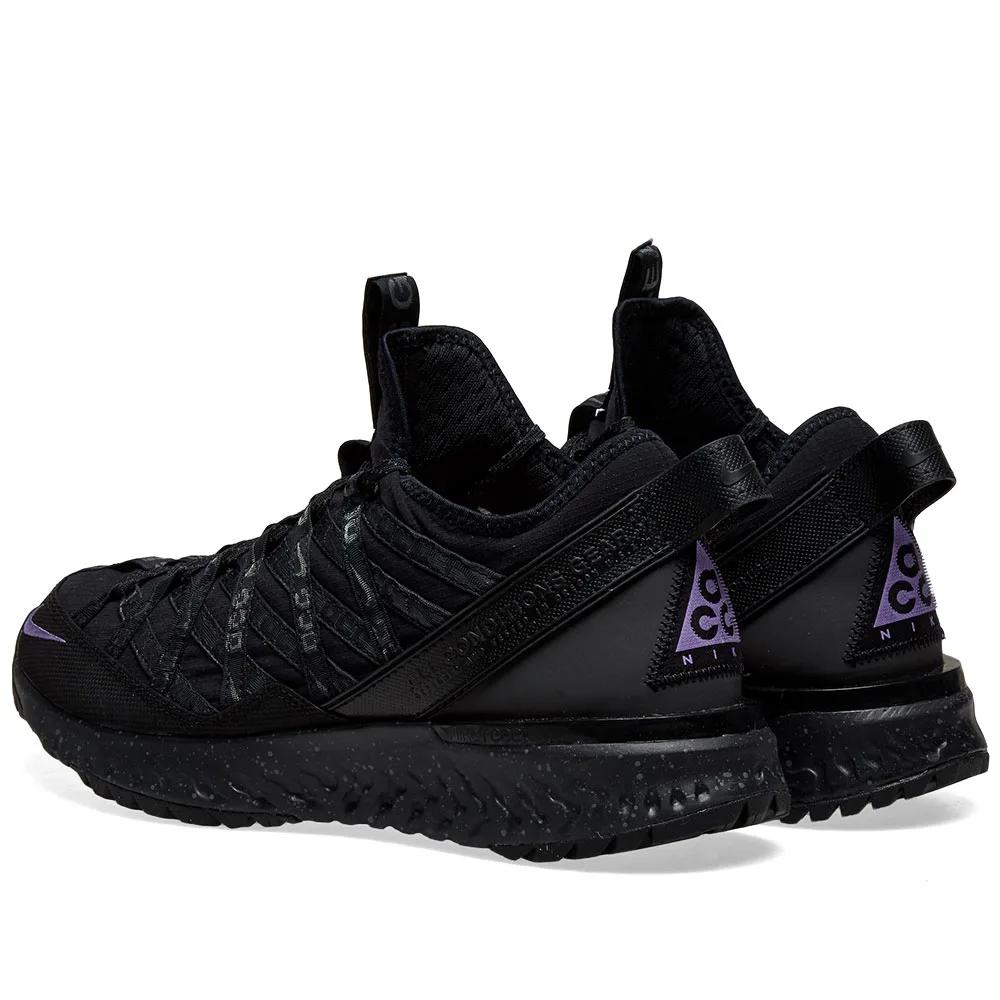 Nike ACG Woodside II Preschool   Nike acg, All black