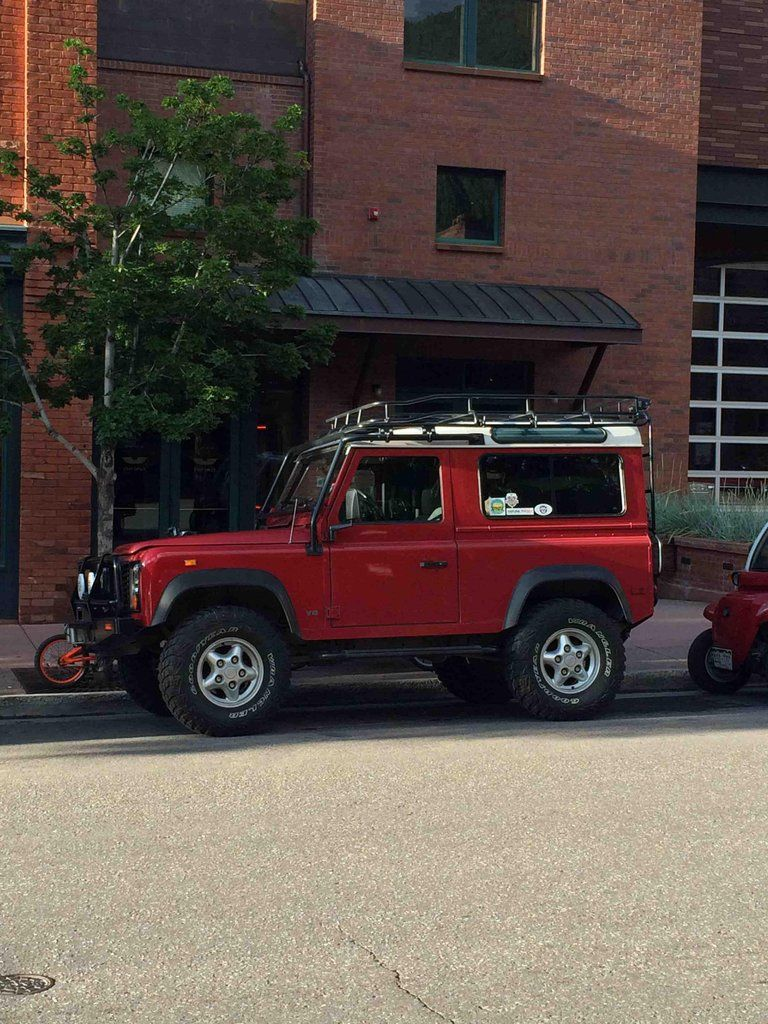 There's no shortage of beautiful SUVs in Aspen, CO