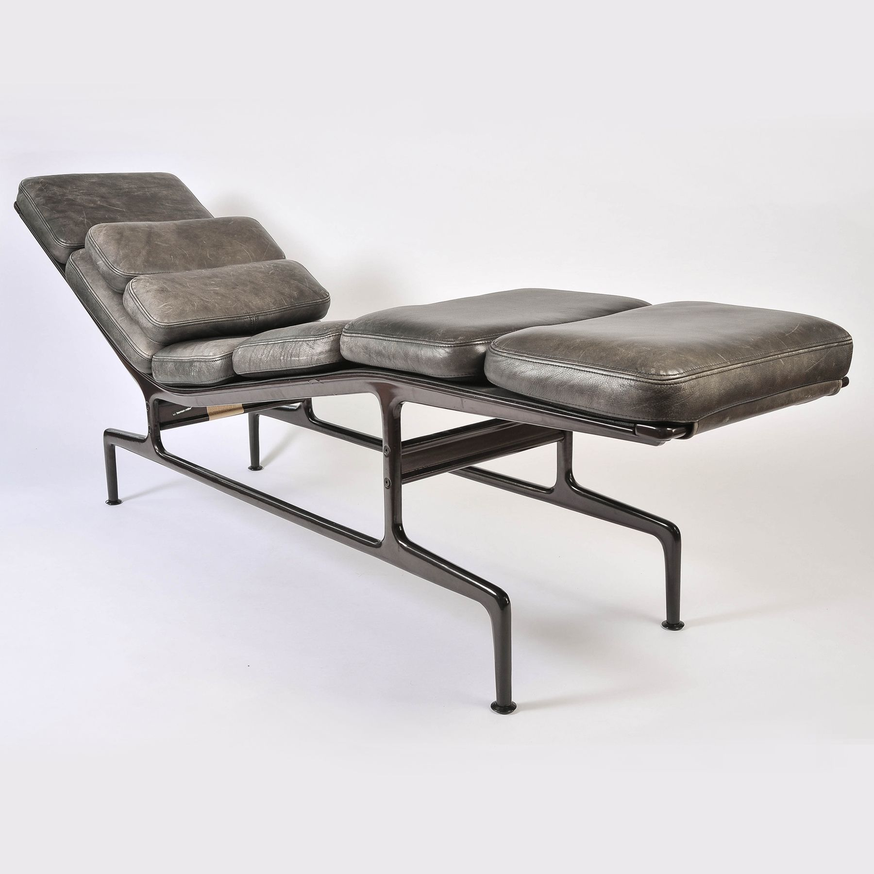 Mobly Sofa Chaise Charles Eames Chaise Longue Main Antiques Charles Eames