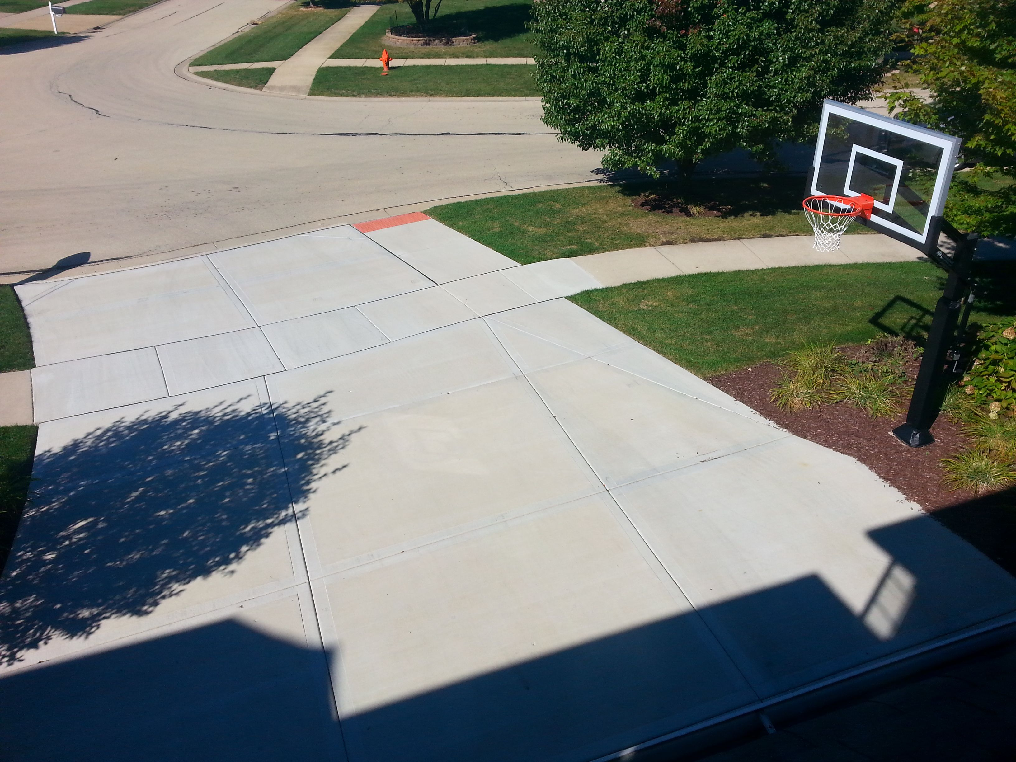 this birds eye view shows the pro dunk gold basketball system