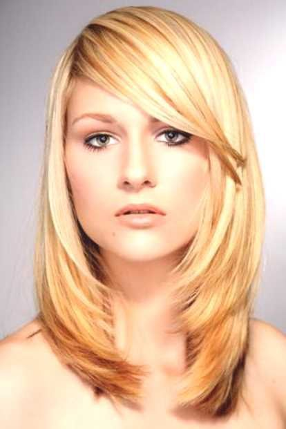 Frisuren Frauen Mittellang Blond Frisuren Frauen Pinterest