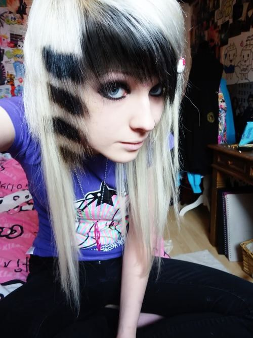 Black coon tail and black bangs with blonde | Hair Ideas | Pinterest ...
