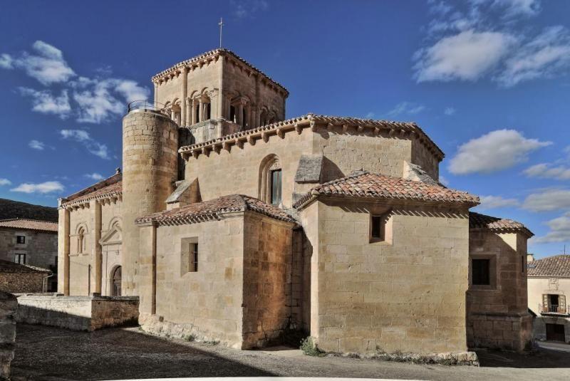 Iglesia de El Almiñé - Las Merindades, provincia de Burgos #almiñé #elalmiñé #burgos #lasmerindades #románico #sannicolás