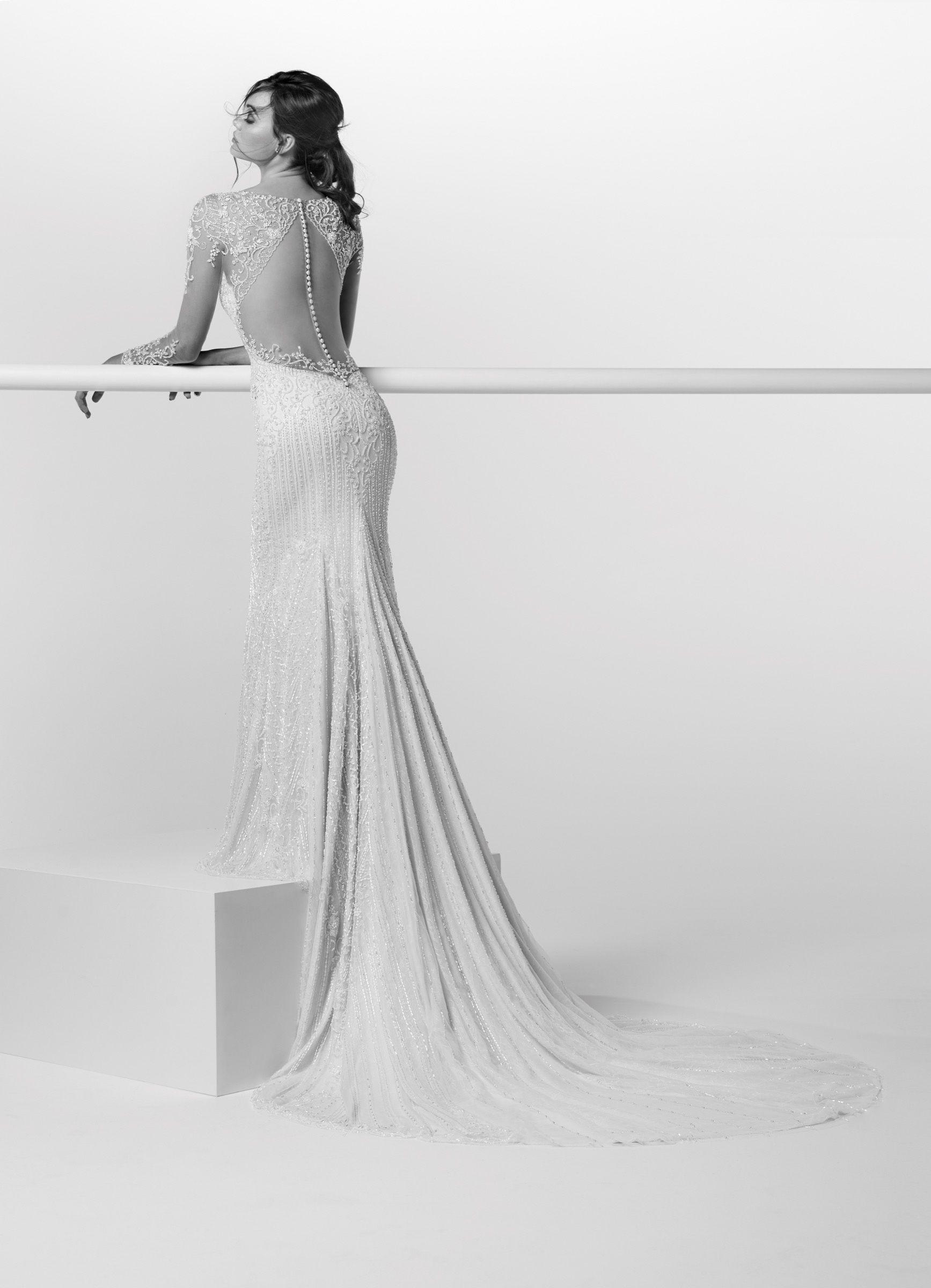 Moda sposa 2019 - Collezione ALESSANDRARINAUDO. ADELAIDE 002ARAB19601. Abito  da sposa Nicole. c9df99d0344