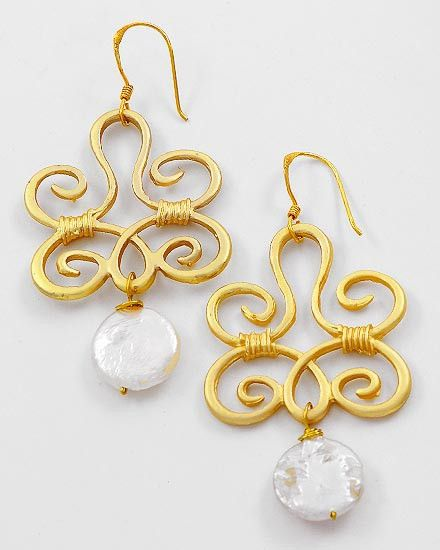 8a2989dfe Pearl and Matte Gold Filigree Earrings | My Style | Filigree ...