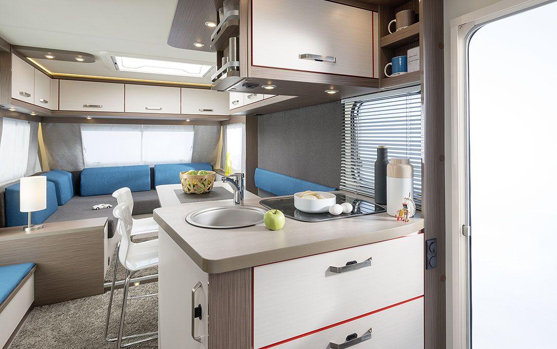 Küchenblock wohnmobil ~ Küche und essplatz im knaus caravan lifestyle wohnmobil