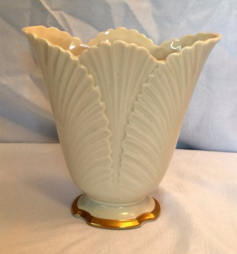 Vintage Ivory Classic 6 Lenox Scalloped Flower Vase With 24k Gold