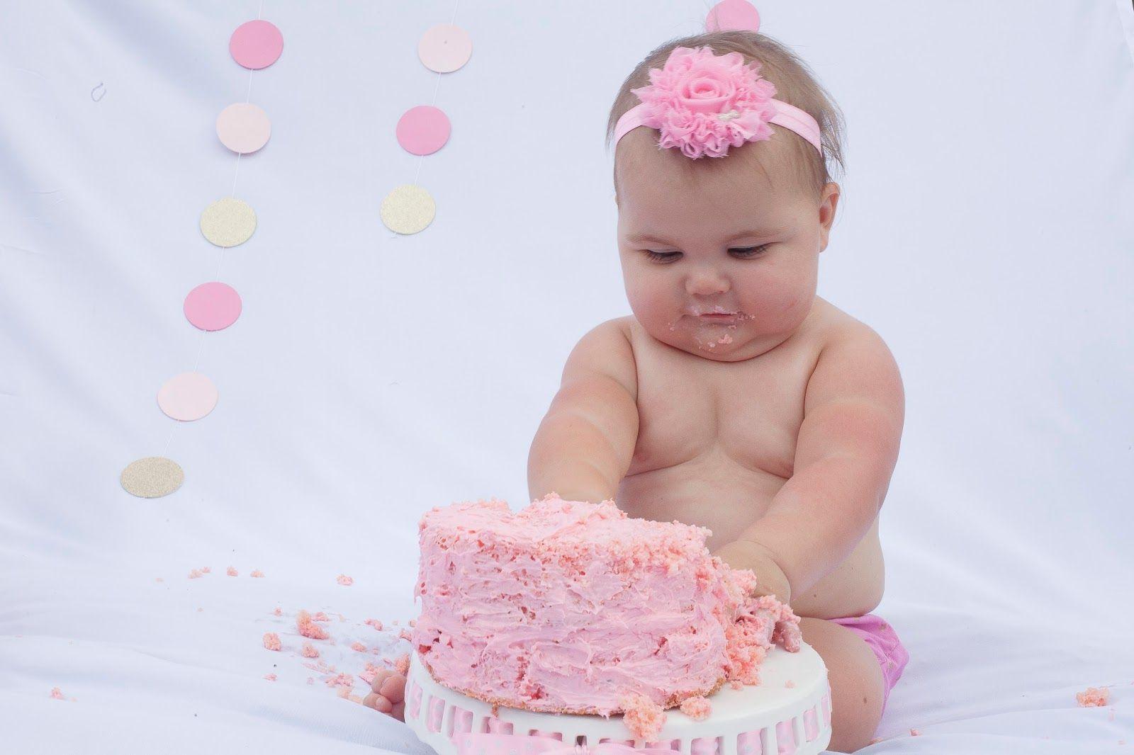 Laura H Garrett Photography: Lucy & Eloise Cake Smash