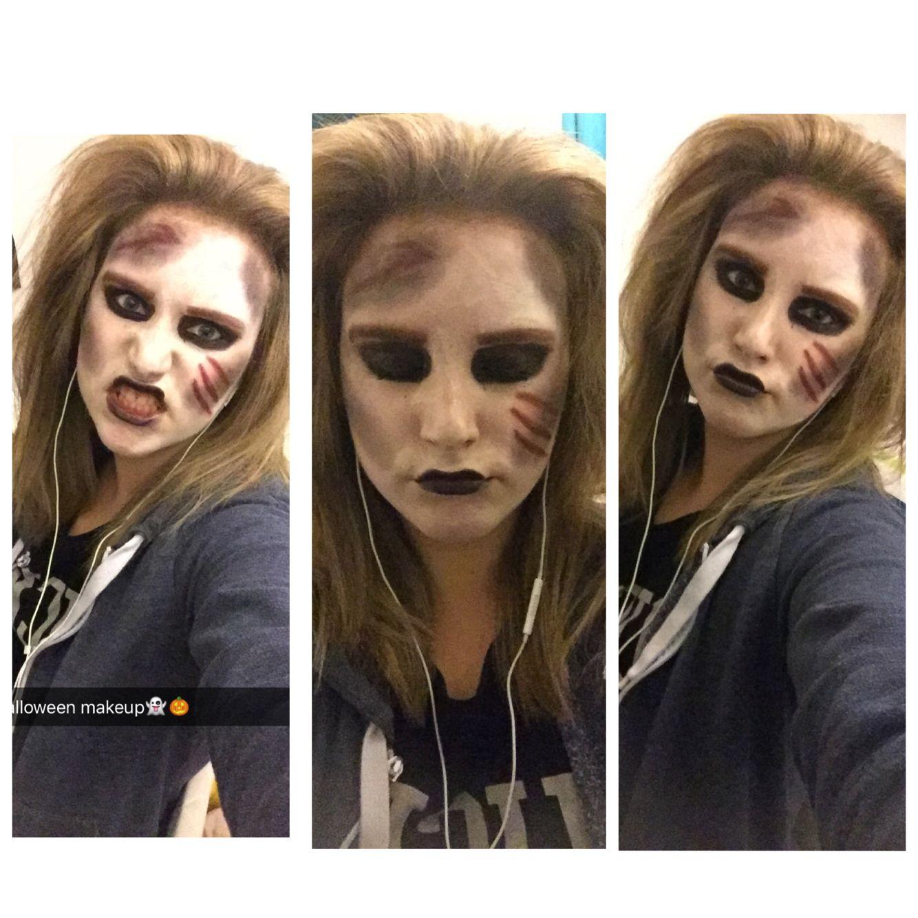 practising my Halloween makeup \
