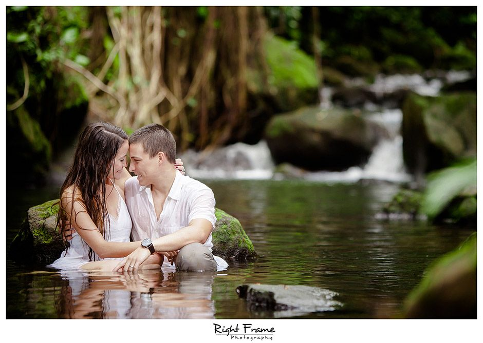 Oahu Engagement Photography At Bamboo