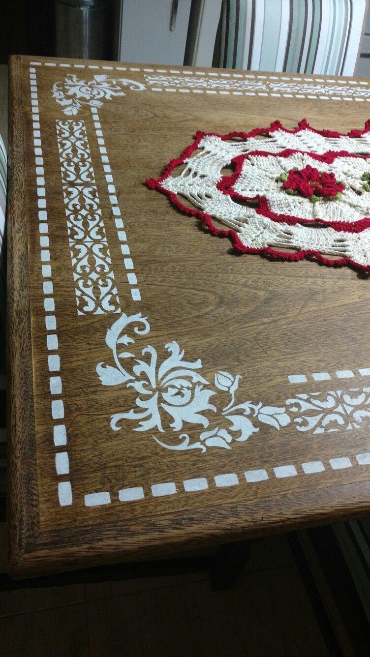 Tampo de mesa com stencil