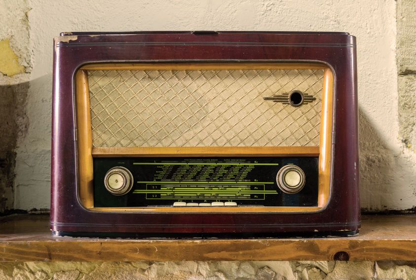 Vintage Bush Radio Buying Guide | My Heritage, Nature and