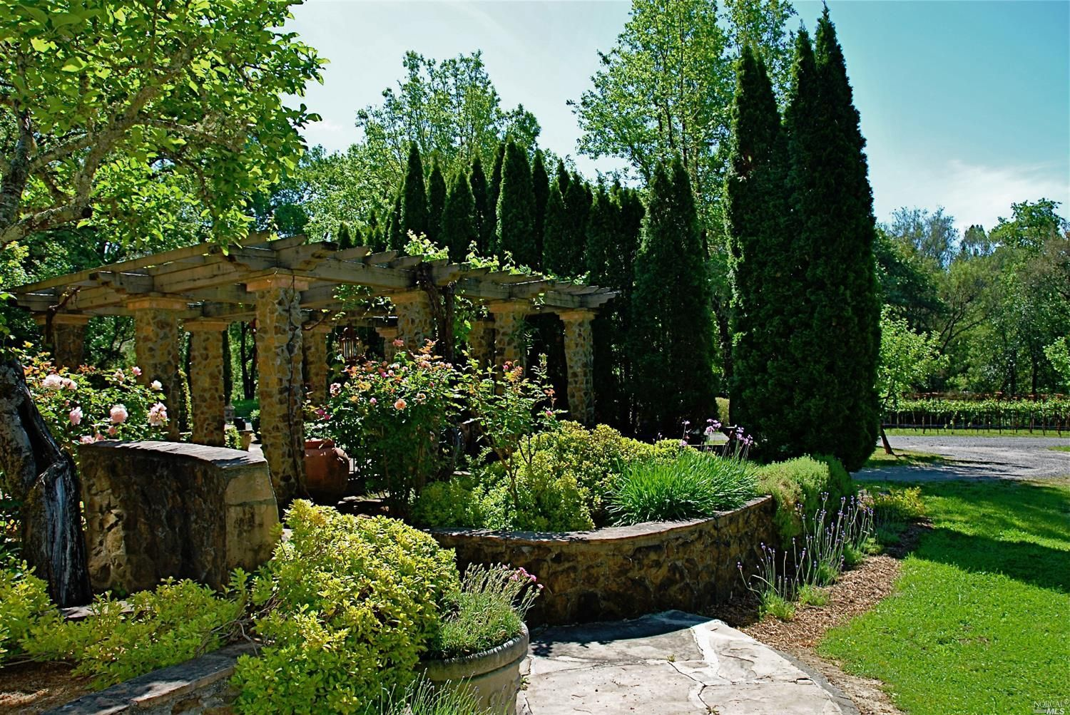 Pin by M. RODGERS on Landscaping: Hardscape   Hardscape ...