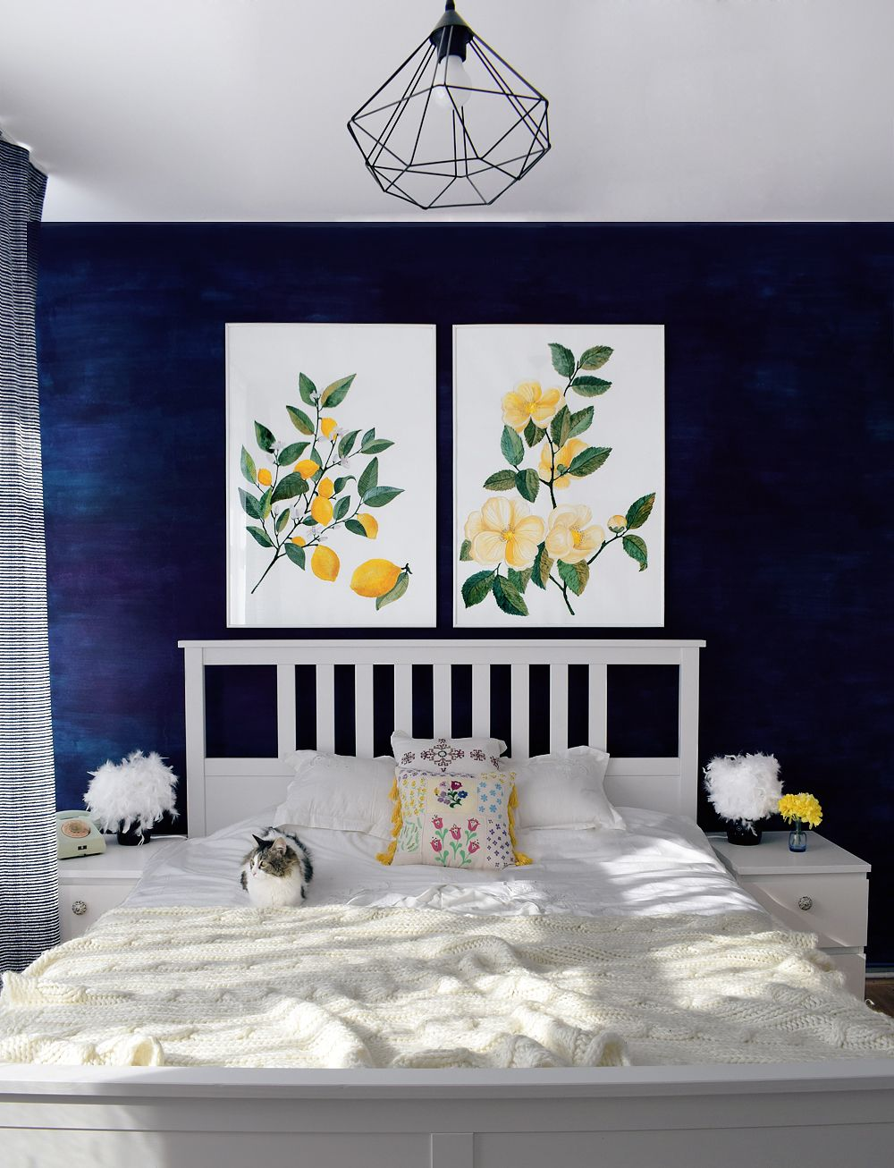 Navy bedroom decor (With images)   Navy bedroom decor ...