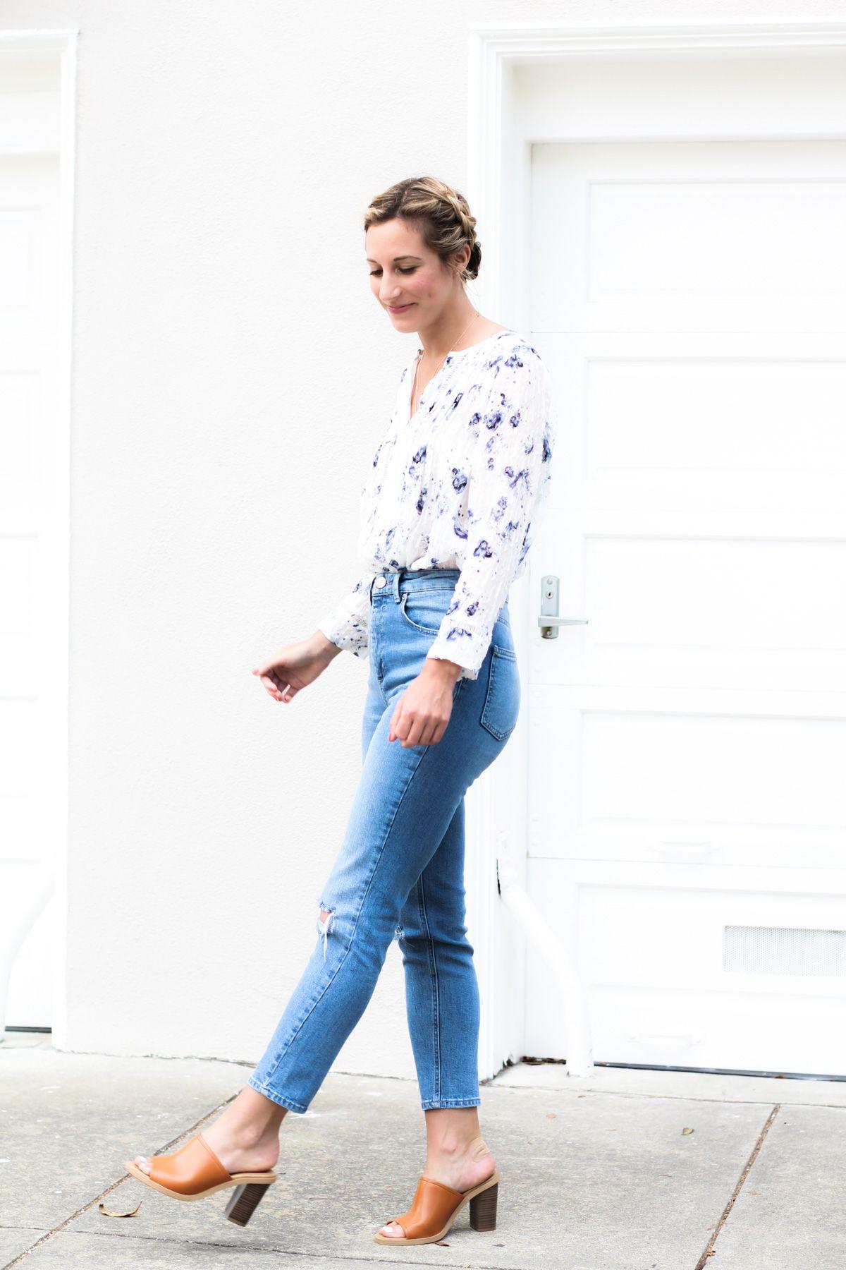 How To Wear Mom Jeans Fashion Fashion Shoes Fashion