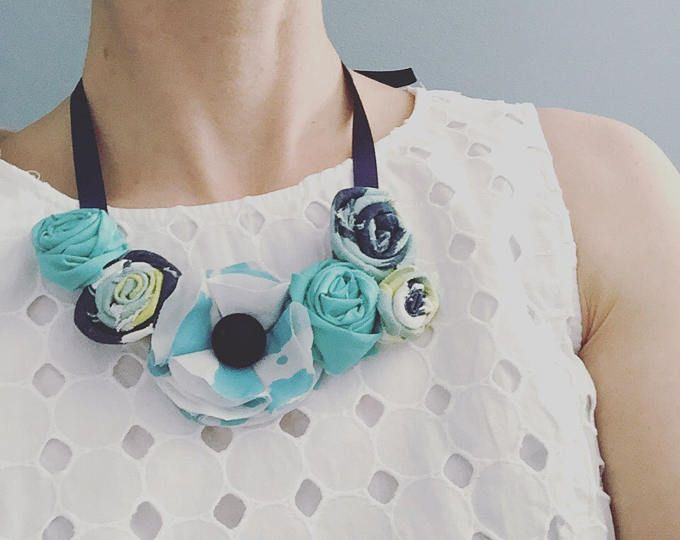 Custom floral statement necklace hoftfoe MOM, birthday, bridesmaid gift