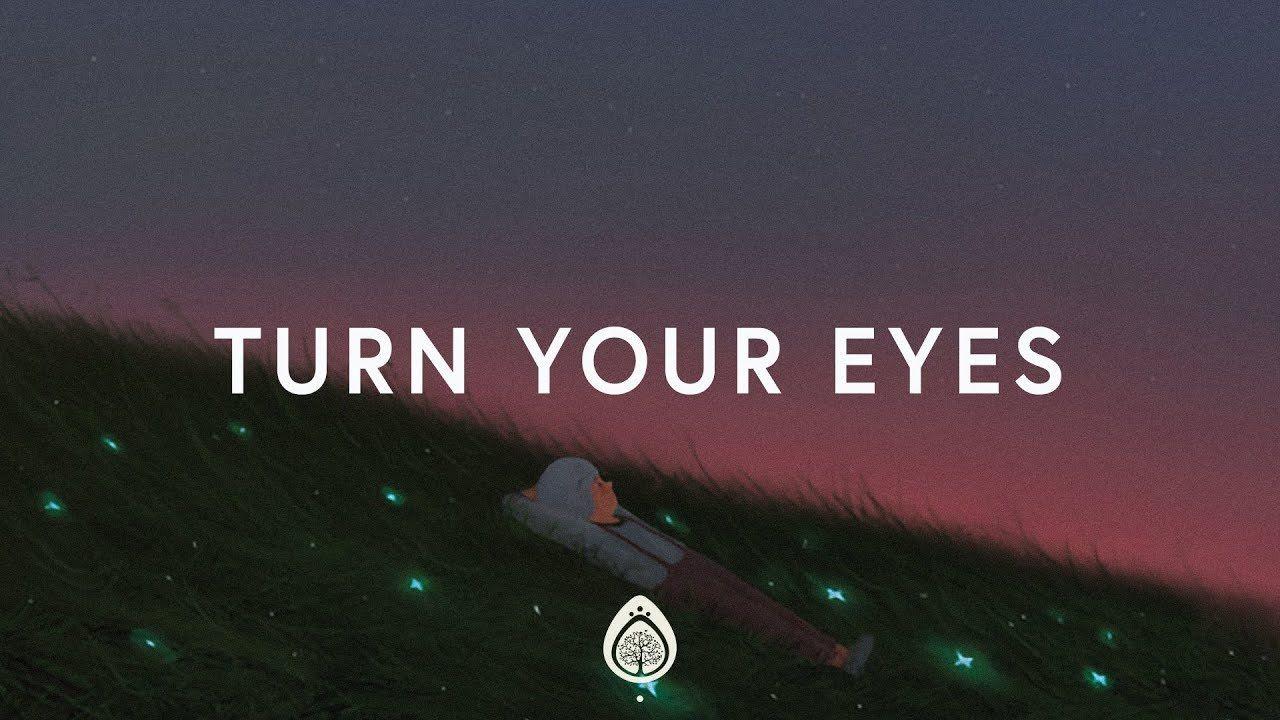 Lauren Daigle ~ Turn Your Eyes Upon Jesus (Lyrics) - YouTube