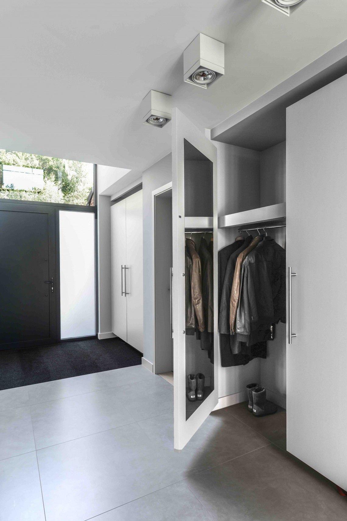 Hausflur Design diele in schlichtem design bauhausstil diele