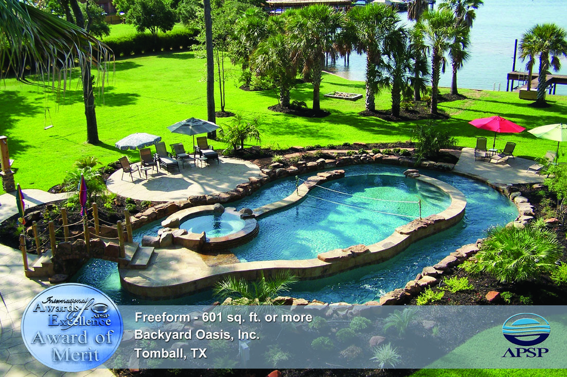 Lazy river around pool - so cool!