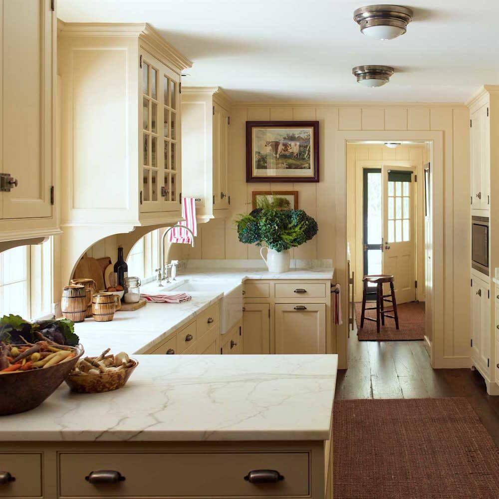 20 Timeless Kitchens You Ll Love Forever Timeless Kitchen Farmhouse Style Kitchen Modern Farmhouse Kitchens
