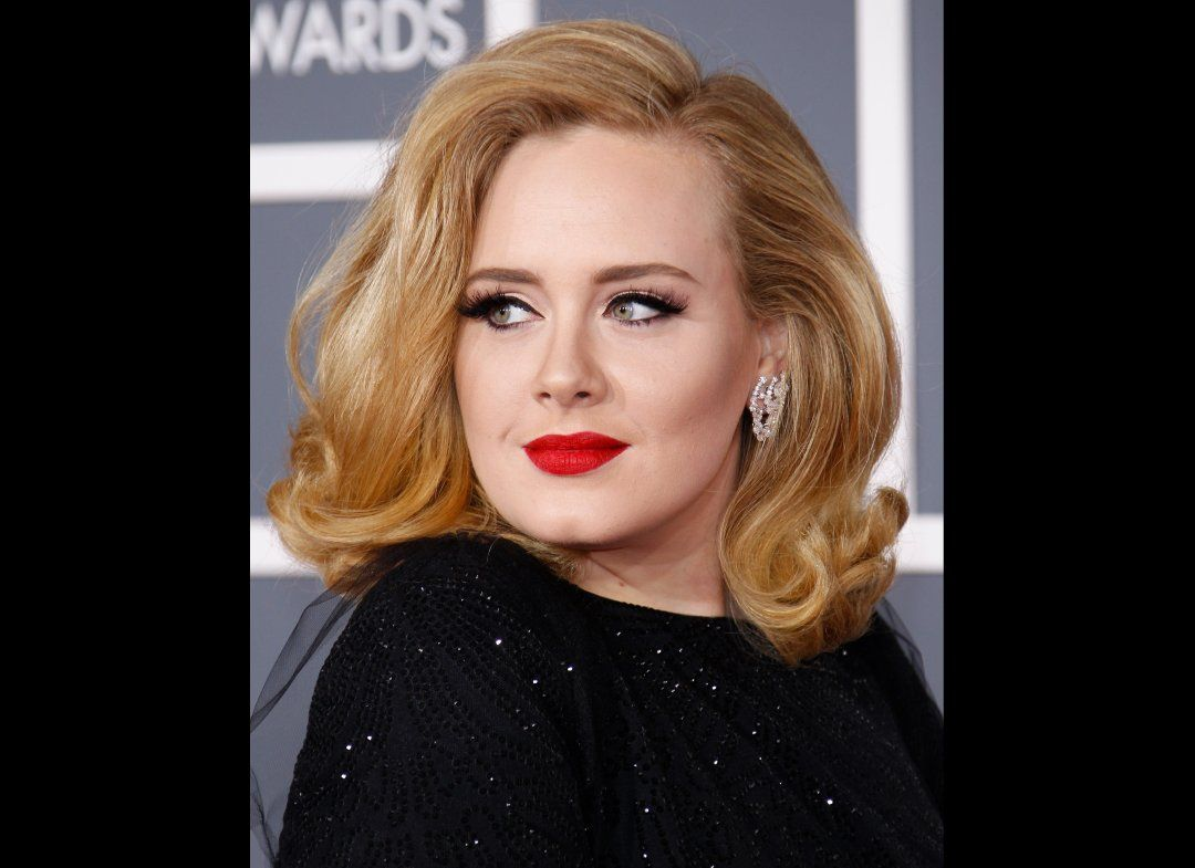 Heres a sure fire way to make your lbd pop we love adele for so hair make up baditri Image collections
