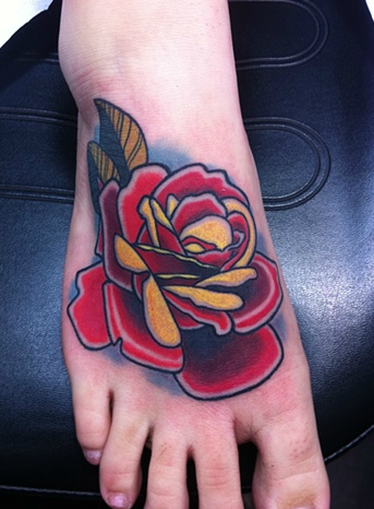 Tattoos neo traditional rose tattoo tatt 39 z pinterest for Neo traditional rose tattoo