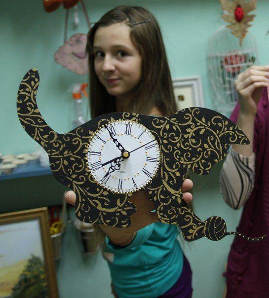 """Школа декорирования """"Часы-кошки"""
