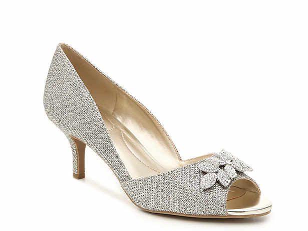e98222affb5 Women s Low Heel  1