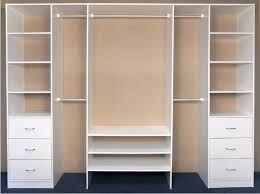 Resultado de imagen para closet modernos con puertas for Modelos de closets para dormitorios