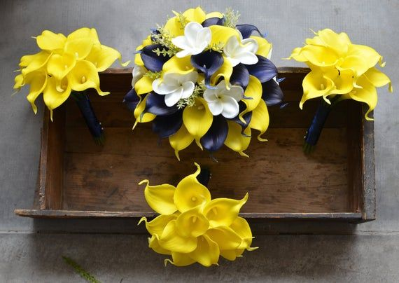 Navy Yellow Wedding Bouquets Real Touch Callas Lilies Bridesmaids Bouquets Boutonnieres White Navy Bridal Bouquet