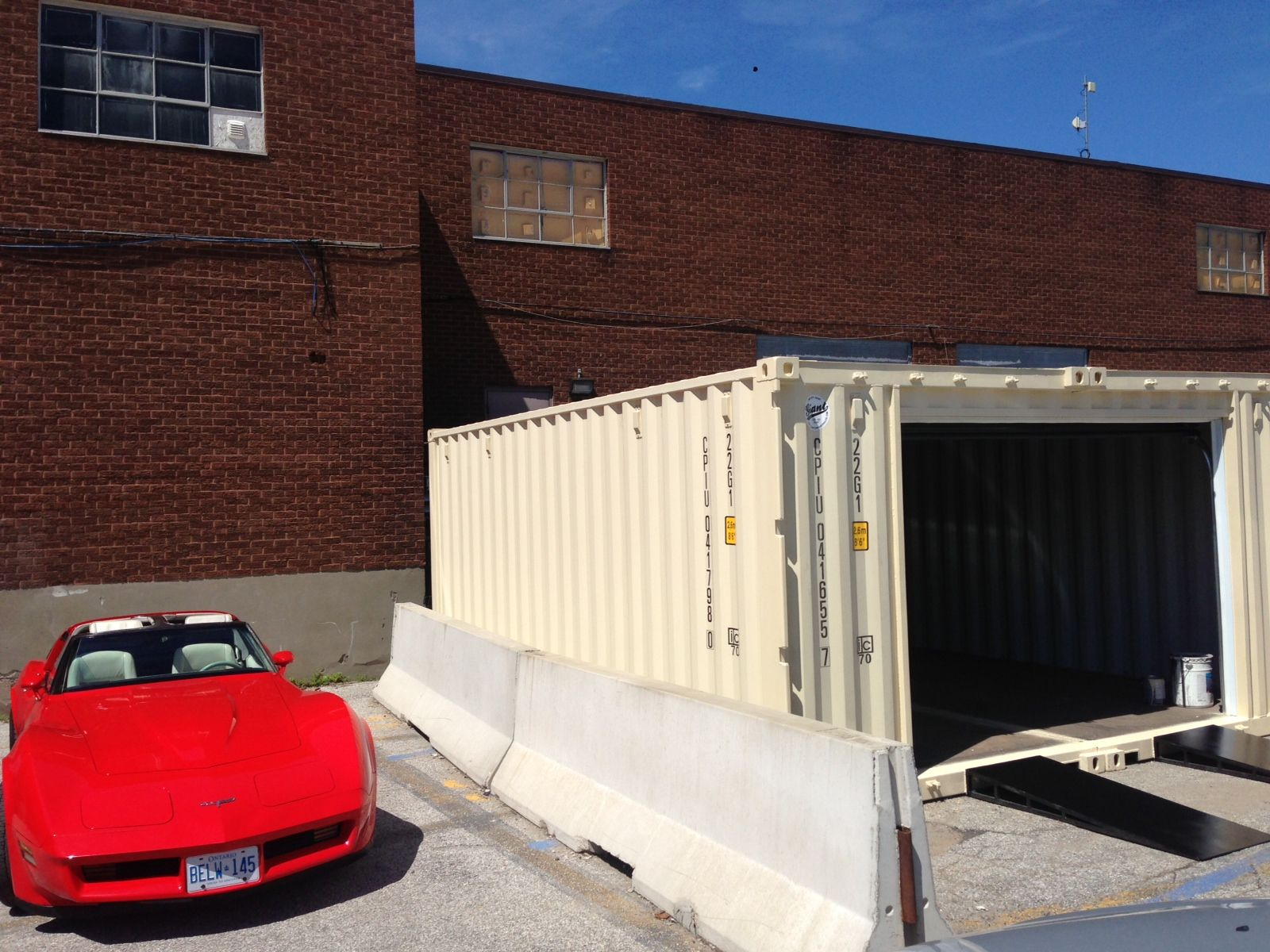 Shipping container garage new used modified shipping shipping container garage new used modified shipping containers in toronto ottawa solutioingenieria Gallery