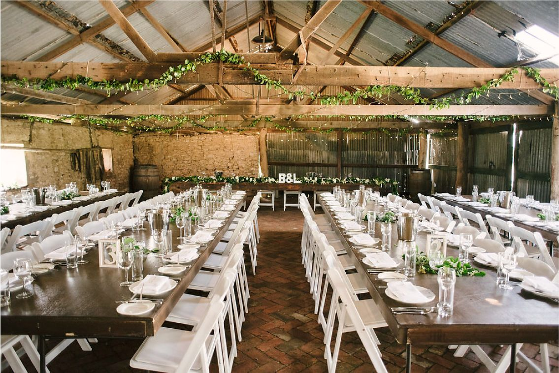Lisa brett 39 s stunning country wedding at penny 39 s hill for Penny hill