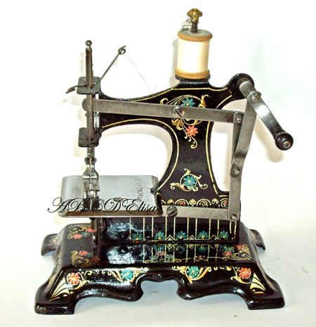 Machines coudre jouets anciens article 6 chez for Machine a coudre king jouet