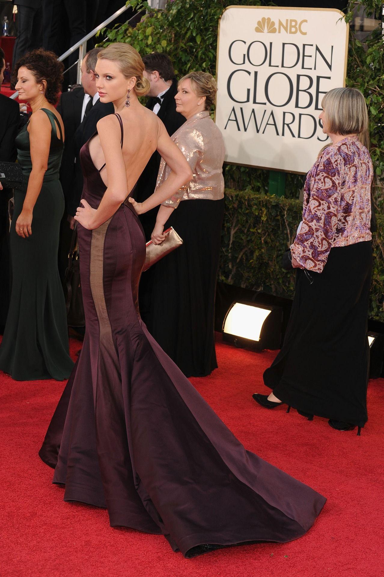 Taylor Swift, Golden Globes 2013. Um - wow?!