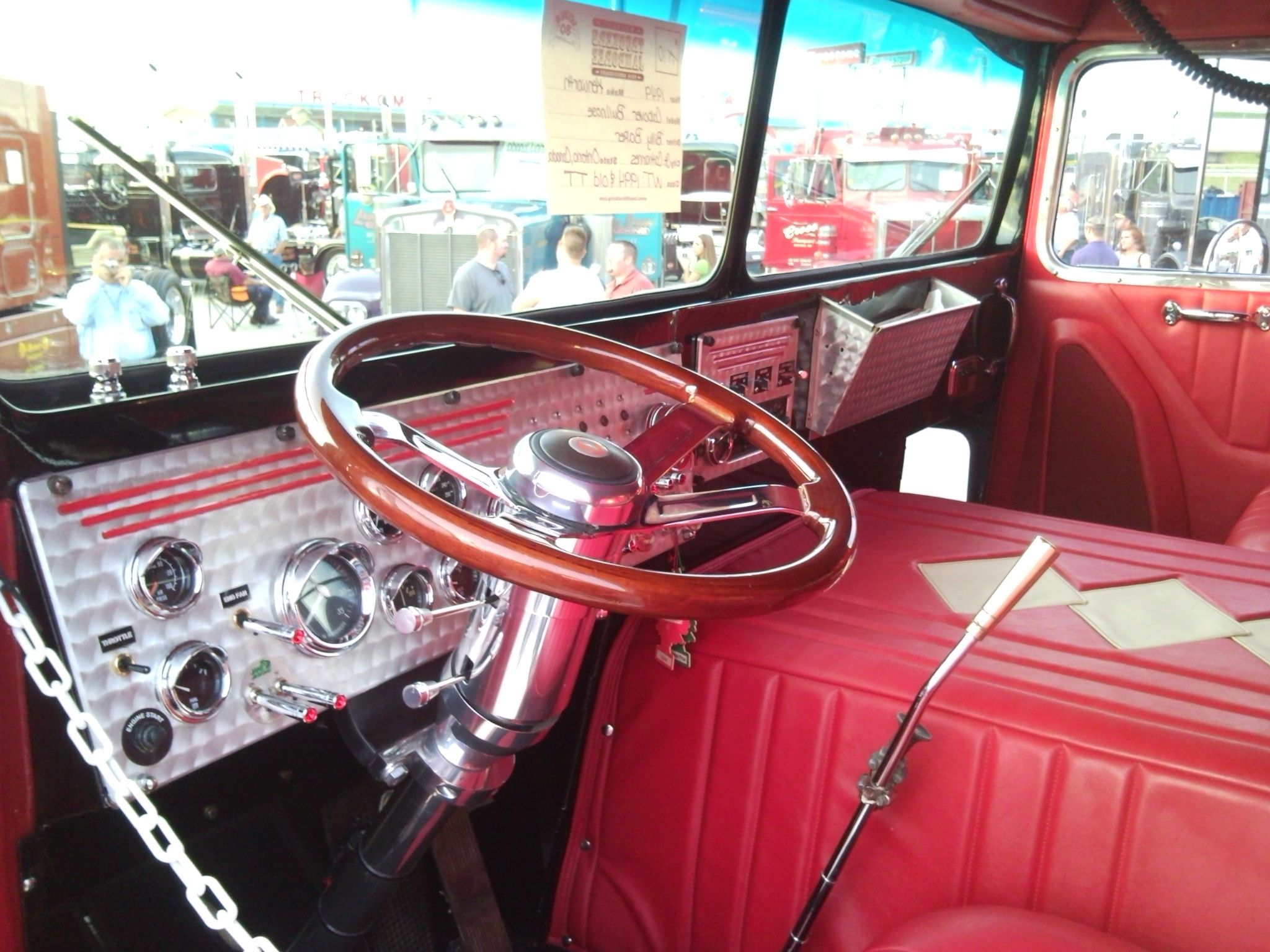 1950 39 s bubble nose kenworth interior trucks pinterest truck interior kenworth trucks and for Volvo semi truck interior accessories