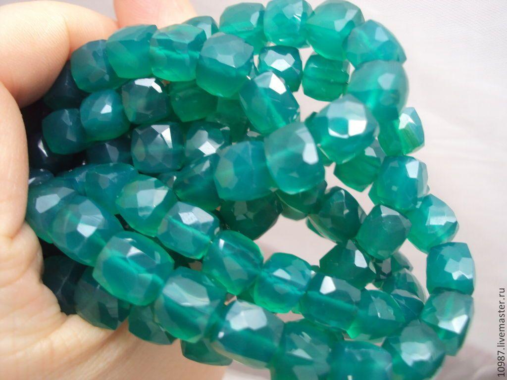 Купить Изумрудно-зелёный оникс (куб) - зелёный, куб, оникс, бусина, бусины, натуральный, кубики