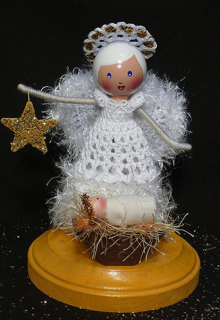 O Holy Night - 8th Christmas Clothespin Doll Design by creatingtreasures, via Flickr
