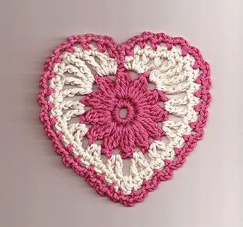 Free Floral Heart Motif crochet pattern from Talking Crochet newsletter. Subscribe here: www.AnniesNewsletters.com.