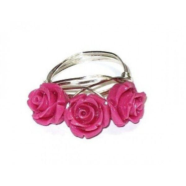 Hot Pink 3 Flower Wire-Wrapped Ring (€20) ❤ liked on Polyvore featuring jewelry, rings, wire wrapped jewelry, wrap ring, hot pink jewelry, flower jewelry and blossom jewelry