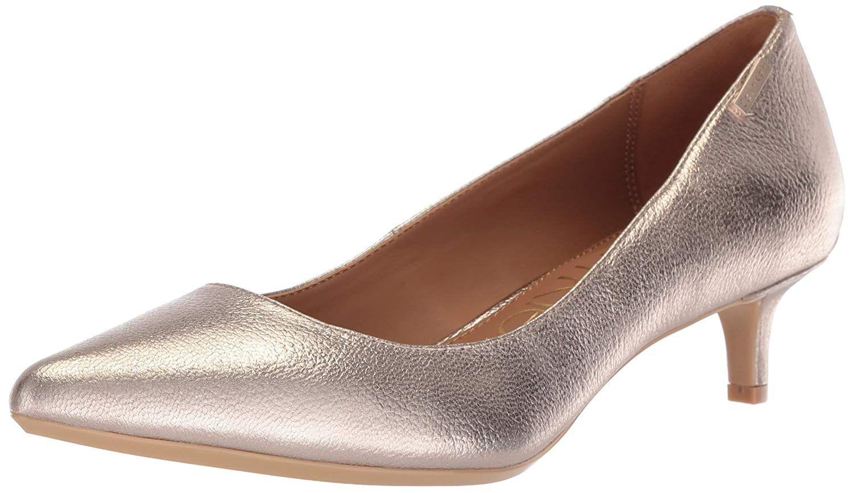 Calvin Klein Women S Gabrianna Pump Classic Kitten Heel Pump Women S Shoes Pumps Shoes Pumps Fashion Style Styli Kitten Heel Shoes Women Shoes Heels