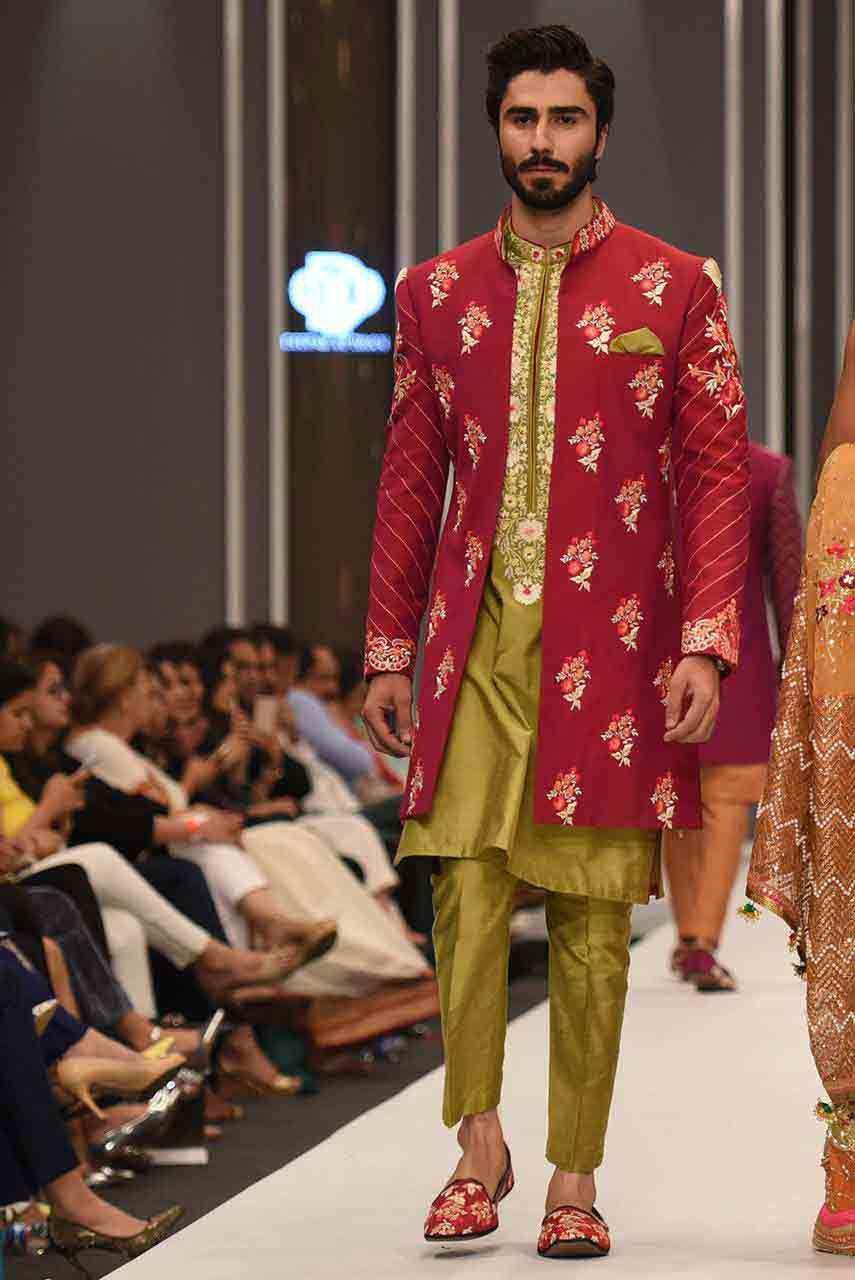 Latest Mehndi Kurta Designs For Grooms In 2019
