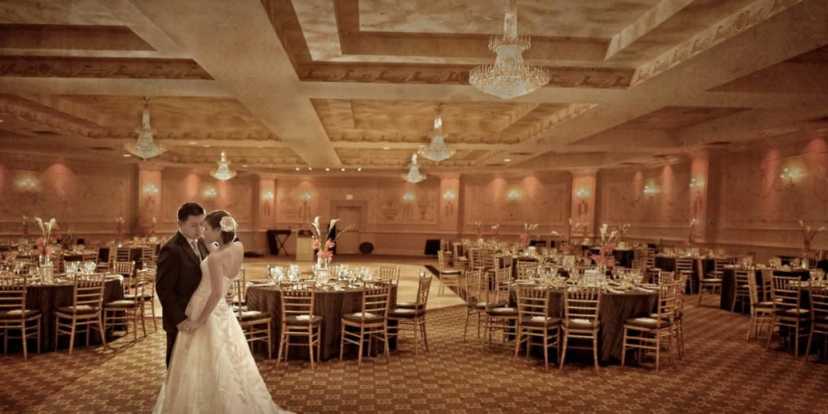 The Wilshire Grand Hotel Weddings Price Out And Compare Wedding