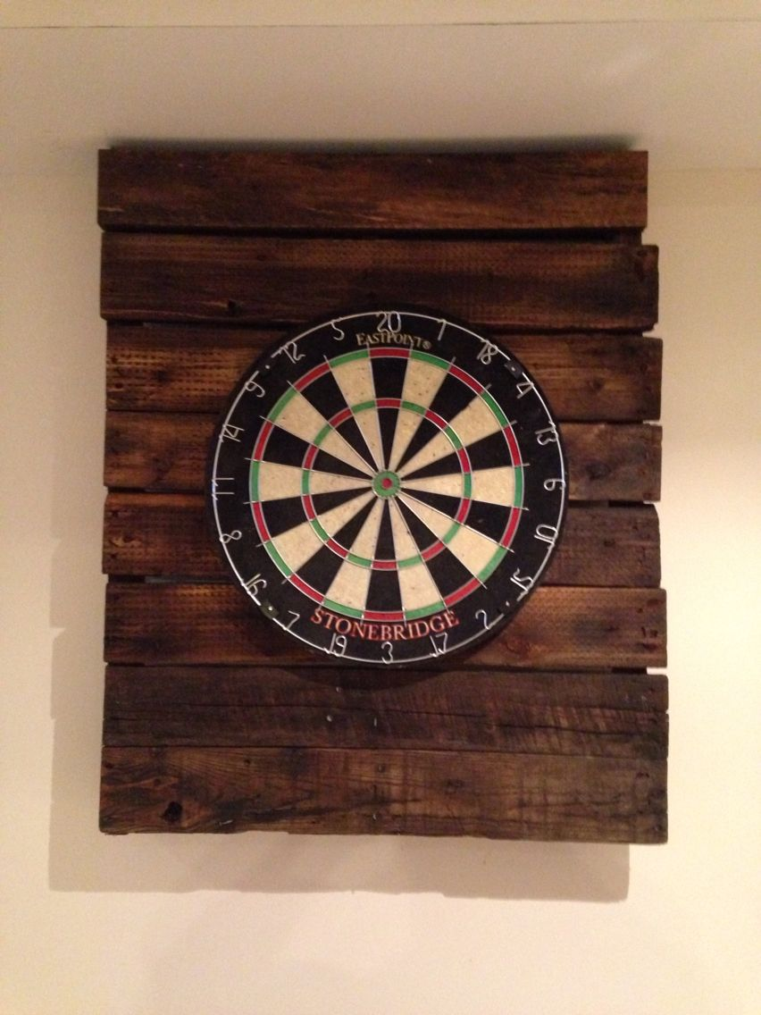 Extremely Easy Rustic Pallet Dartboard Backing Home