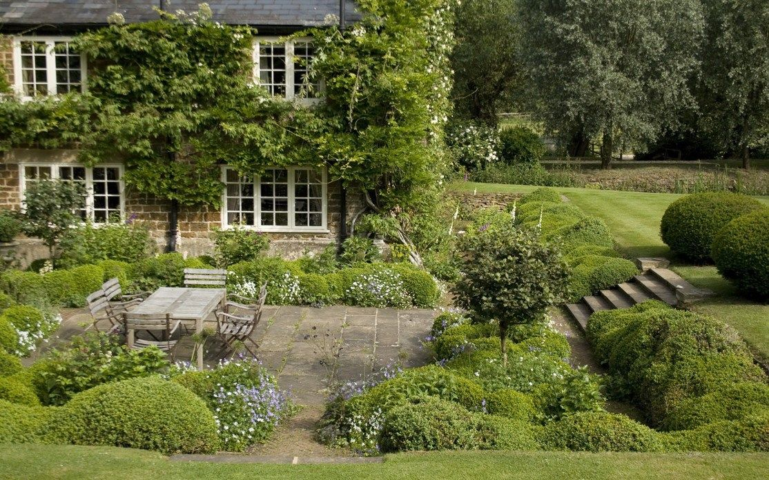Heuvelachtig Tuin Ontwerp : Arne maynard s ontwerp voor tuin in oxfordshire u tuinenstruinen