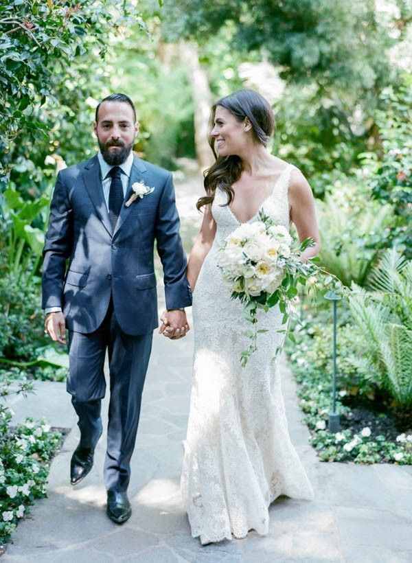 Understated Hotel Bel Air Wedding In Los Angeles Junebug Weddings Hotel Bel Air Wedding Los Angeles Bel Air