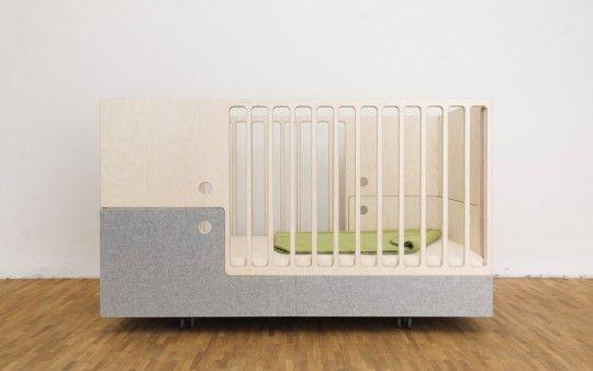 Superior Perludi Furniture: A Cot, Junior Bed U0026 Ottoman (all In One)