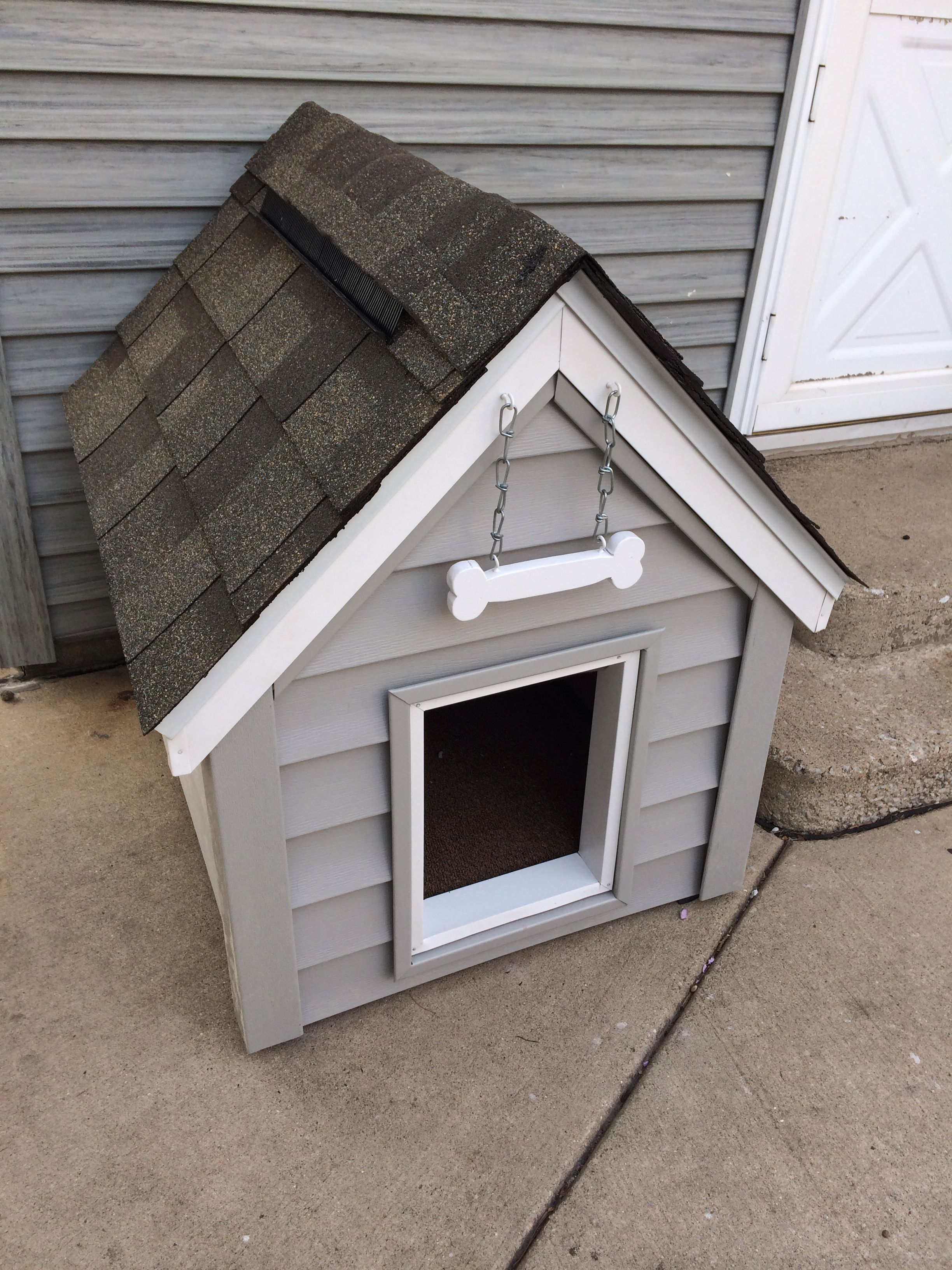 Pin Em Diy Dog House