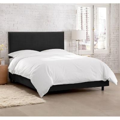 Custom Upholstered Nail Button Border Bed - Velvet Black - California King - Skyline Furniture