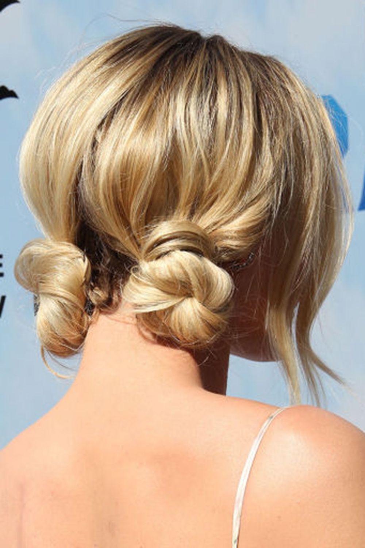 10 Elegant Ways To Style A Bun Haarschnitt Ideen Coole Frisuren Haarschnitt