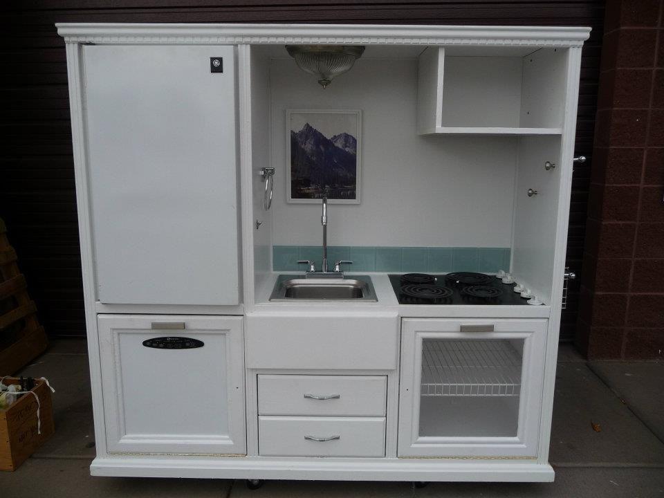 Kids Kitchen - Habitat for Humanity   Kids kitchen, Diy ...